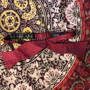 Izod Adjustable Bow tie